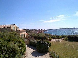 Rental Villa Six-Fours-les-Plages, 4 bedrooms, 8 persons