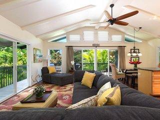 NEW LISTING! Bright island house, beautiful garden, entertainment & beach access