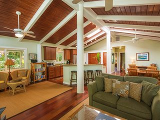 NEW LISTING! Oceanfront house w/ ocean & mountain views - walk to the beach!