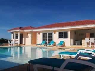 6 bedroom Villa with an ocean view