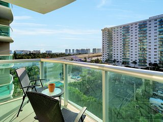 1/1 Miami - Sunny Isles at Ocean Reserve 614 for 4 guests by Ammos VR