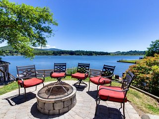 Dog-friendly lakefront vacation home w/stunning views, private dock, and deck!
