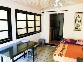 Chambre N°1 Studio Tahiti Lodge Hôtel