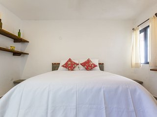 Cosy Apartment close to the beach and 5th Av.