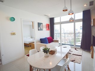 Son & Henry - NI1A - Spacious 1BR Apartment,CBD,Rooftop Pool and Sky Bar