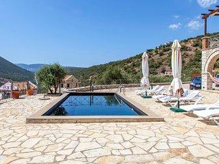 Villa Emma - Traditional Greek Villa with Panoramatic View