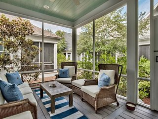 Gorgeous home in Watersound West Beach, short walk to pool & beach - Indigo Moon
