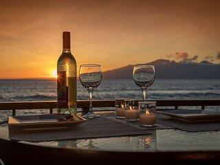 Beautiful Direct Oceanfront Studio at Maui Kai Condo #106 in Kaanapali Beach
