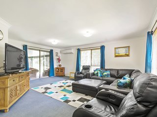 Pet Friendly House - 10 Doolan Crt Noosaville