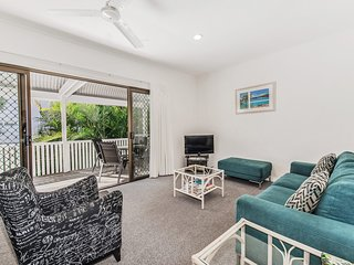 Riverbreeze holiday units, 8/16 James St Noosaville