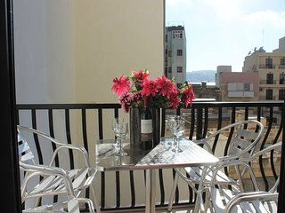 Seashells 1 bedroom apt D - just off Bugibba seafront