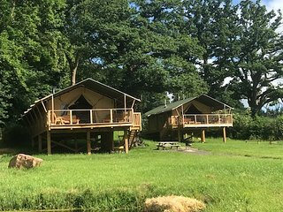 Pump House Lodge - Sweeney Farm Glamping