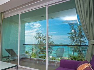 Deluxe Oceanfront Premier Two-Bedroom Suite • Rawai Beach