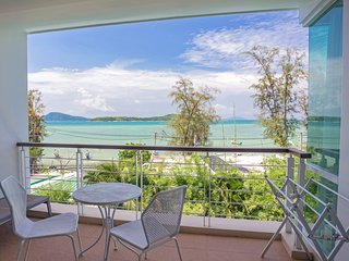 Oceanfront Premier Two-Bedroom Suite ~ Rawai Beach