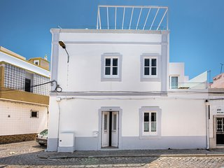 Casa Limoncello | Exceptional renovated 3 bedroom house near Olhao seafront