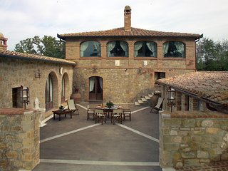 7 bedroom Villa in Monticchiello, Tuscany, Italy : ref 5247844