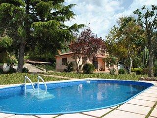 5 bedroom Villa in Stazione di Itri, Latium, Italy : ref 5312809