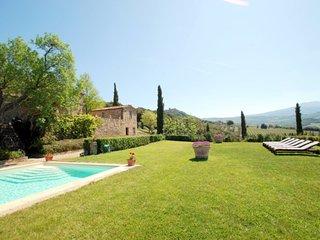 4 bedroom Villa in Montalcino, Tuscany, Italy - 5247829