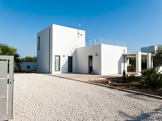 3 bedroom Villa in Contrada Fiori Sud, Sicily, Italy : ref 5252026