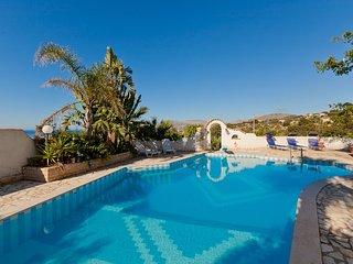 7 bedroom Villa in Baglio Papuzze, Sicily, Italy : ref 5247434