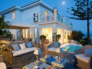 6 bedroom Villa in Fontane Bianche, Sicily, Italy - 5247411