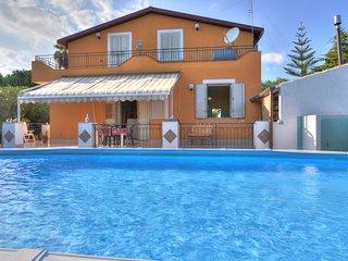 4 bedroom Villa in Fontane Bianche, Sicily, Italy : ref 5247407