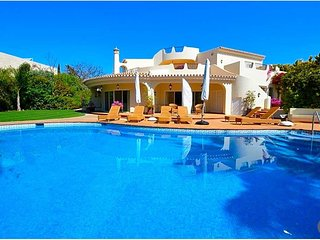 4 bedroom Villa in Ponte de Cima, Faro, Portugal : ref 5639225