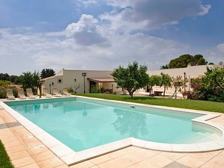 6 bedroom Villa in Rigolizia, Sicily, Italy : ref 5247458