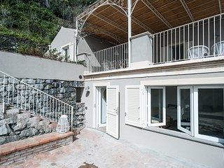 2 bedroom Villa in Acireale, Sicily, Italy : ref 5247339
