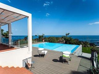 1 bedroom Apartment in Stazzo, Sicily, Italy : ref 5247337