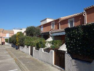 2 bedroom Apartment in Le Grau-du-Roi, Occitania, France - 5580806
