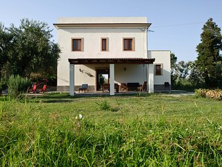 4 bedroom Villa in Galice, Sicily, Italy : ref 5247353