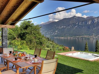 Bellagio Villa Sleeps 10 with Air Con and WiFi - 5238280