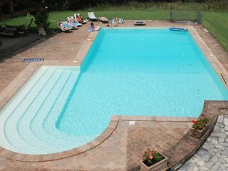 4 bedroom Villa in Rosceto le Cinque Torri, Umbria, Italy : ref 5247546