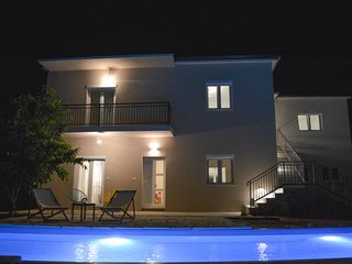 4 bedroom Villa in Knez, Zadarska Zupanija, Croatia : ref 5639126