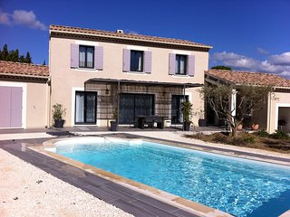 4 bedroom Villa in Vaison-la-Romaine, Provence-Alpes-Cote d'Azur, France : ref 5