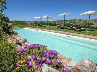 8 bedroom Villa in Zona Pip-Località Fornaci, Tuscany, Italy : ref 5247816