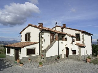 5 bedroom Villa in Piancastagnaio, Tuscany, Italy : ref 5247889