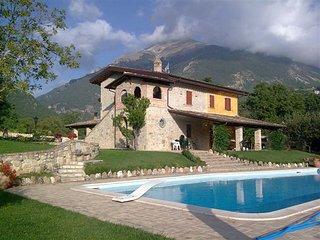 3 bedroom Villa in Ripe, Abruzzo, Italy : ref 5247966