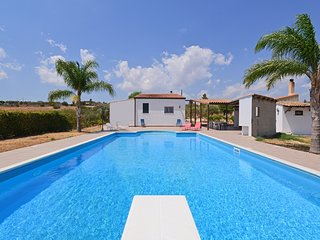 3 bedroom Villa in Solarino, Sicily, Italy : ref 5247430