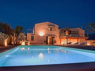 7 bedroom Villa in Case Boscia, Sicily, Italy : ref 5247450