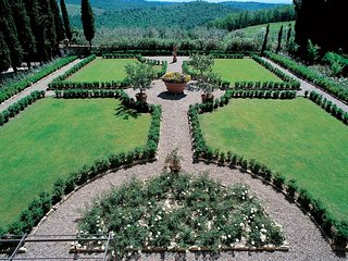 5 bedroom Villa in Cortine, Tuscany, Italy : ref 5247628