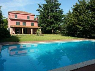 6 bedroom Villa in Canalicchio, Sicily, Italy : ref 5312297