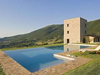 3 bedroom Villa in Palazzo Guglielmi, Umbria, Italy : ref 5247528