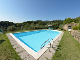 6 bedroom Villa in Localita Il Colle, Tuscany, Italy : ref 5247694