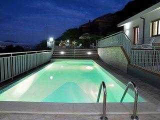 5 bedroom Villa in Castellammare del Golfo, Sicily, Italy : ref 5247370