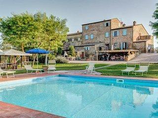 13 bedroom Villa in Fratticciola, Tuscany, Italy : ref 5364862