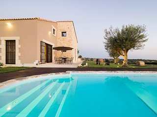 4 bedroom Villa in Donnafugata, Sicily, Italy : ref 5313027