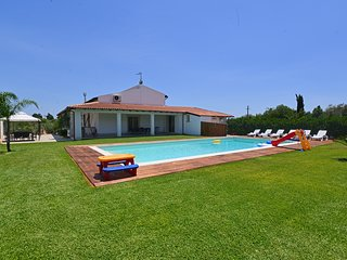 4 bedroom Villa in Cefalino, Sicily, Italy : ref 5247427