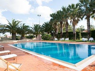 4 bedroom Villa in Santa Maria del Focallo, Sicily, Italy : ref 5310581